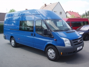 Ford Transit 350LWB EF Jumbo 2,4TDCi 85kW/115PS 6 míst Tažné zařízení - Prodáno