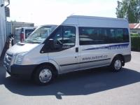 5. Ford Transit Kombi 2,2TDCi MWB L2H2 92kW/125PS Minibus 9 míst Trend 2x Klima Tempomat - Autopůjčovna