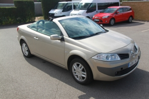 Renault Megane kabriolet 1,9DCi 130PS 4 místa, klimatizace, v provozu 07/2008
